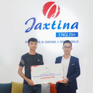 Thủ khoa khối A toàn quốc Vũ Đức Anh nhận học bổng trọn gói lộ trình tiếng Anh cao cấp của Jaxtina English