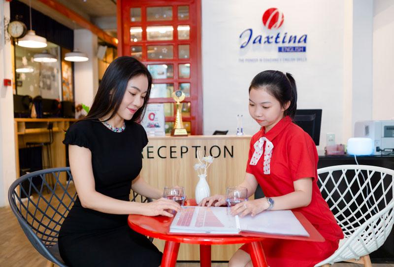 Doanh nhân Phạm Thị Kim Dung lựa chọn Jaxtina để nâng cao trình độ Tiếng Anh