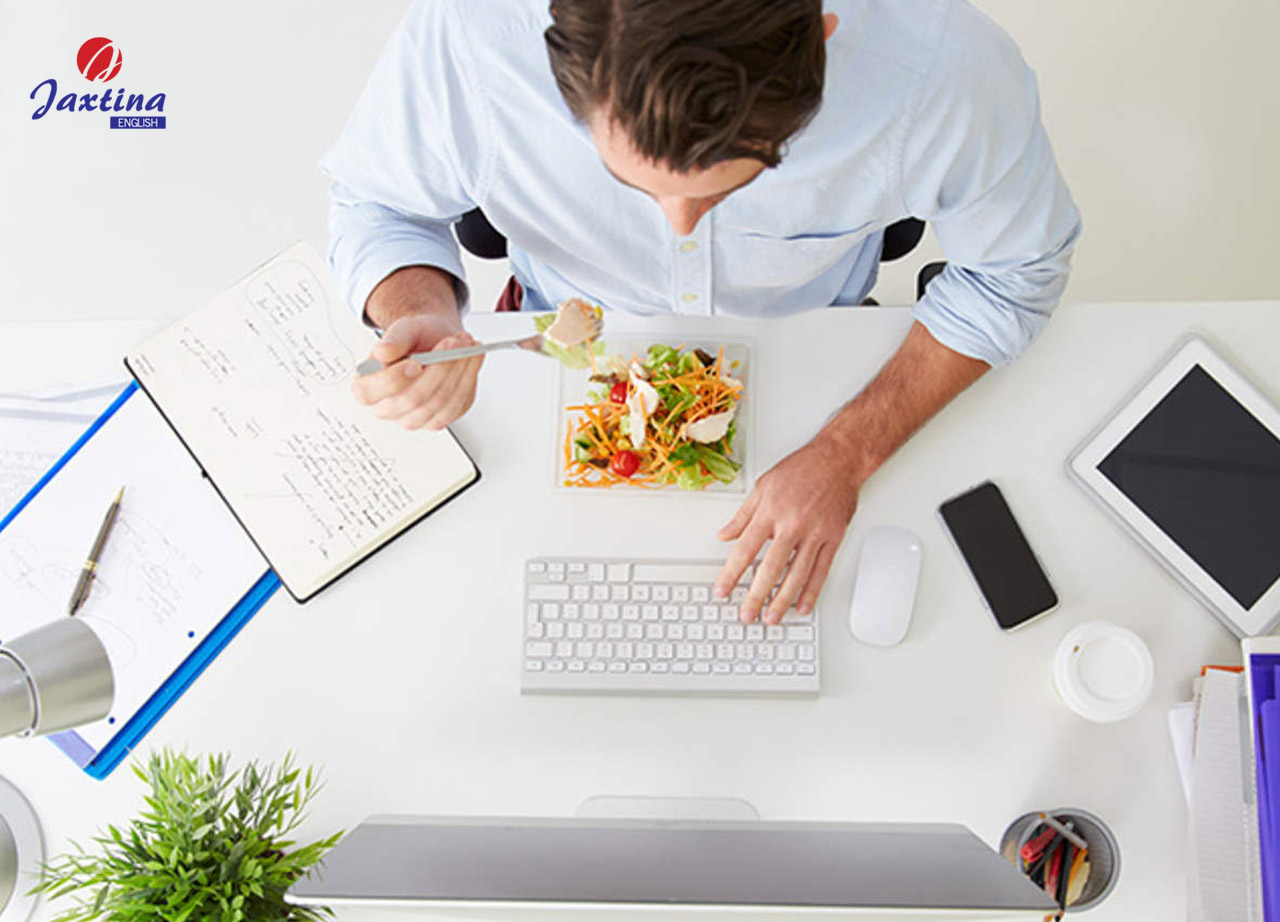 Ý nghĩa của Lunch Breaks trong môi trường công sở